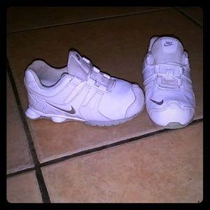 Girl 8c Nike Shoxs